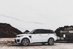 Range Rover Sport SVR. - Picture by basteeld