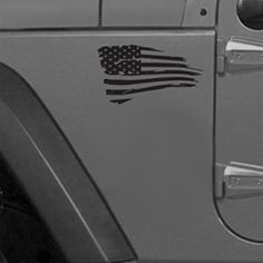 Celebrate America all year long with this set of Distressed #Jeep #American #Flag Decals!