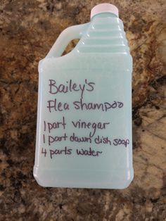 Homemade Flea shampoo, mix together and put in an old shampoo or squeeze bottle, massage in and it works great it left my pug& fur soft and fluffy, smells better than a store bought flea shampoo! Homemade Flea Shampoo, Homemade Dog, Homemade Flea Spray, Dog Care Tips, Pet Care, Pet Tips, Puppy Care, Dog Flea Remedies, Flea Remedy For Dogs