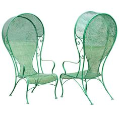 Pair of Woodard Hollywood Regency Hooded Wrought Iron Arm Chairs. Iron Patio Furniture, Garden Furniture, Outdoor Furniture, Vintage Patio, Vintage Chairs, Lawn Chairs, Outdoor Chairs, Leopard Chair, Accent Chairs For Sale