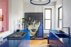 The contemporary Apartment in New York, created by Crosby Studios, gives us a stunning case of the blues Zeitgenössisches Apartment, Brooklyn Apartment, Apartment Therapy, Apartment Interior, Apartment Design, Contemporary Apartment, Contemporary Style, Apartamento No Brooklyn, Color Azul