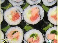 "Роллы ""Бостон"" и не только ингредиенты Skinny Cookies, Sushi Japan, Spicy Tuna Roll, Oatmeal Breakfast Bars, How To Make Sushi, Best Sushi, Japanese Sushi, Sushi Recipes, Avocado Recipes"