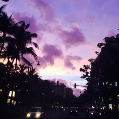 Discover and share the most beautiful images from around the world Pretty Sky, Beautiful Sunset, Beautiful World, You're Beautiful, Beautiful Images, Sky Aesthetic, Purple Aesthetic, Purple Sky, Sunsets