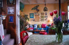 House Tour: Sam's Carriage House Meets Gypsy Caravan San Francisco | Apartment Therapy