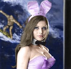 Before the Blondie days: Debbie Harry as a Playboy bunny girl. Blondie Debbie Harry, Debbie Harry Hot, Chica Punk, Pictures Of Rocks, Chris Stein, Amitabha Buddha, Hugh Hefner, Playboy Bunny, Jennifer Love Hewitt