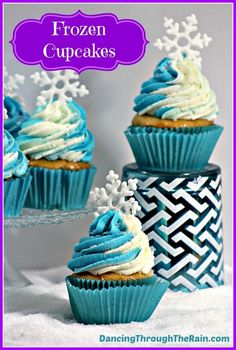 3e769ed9b43ec Every Disney party needs these Frozen Cupcakes! With a little touch of Anna  and Elsa