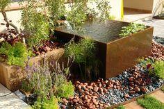 Ens agraden els elements d'aigua al jardí!