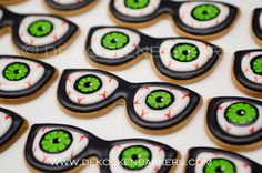 please bring them into Mission Creek Optometry, Kelowna Halloween Cookies Decorated, Halloween Sugar Cookies, Halloween Sweets, Halloween Food For Party, Decorated Cookies, Fall Cookies, Iced Cookies, Cute Cookies, Bonbon