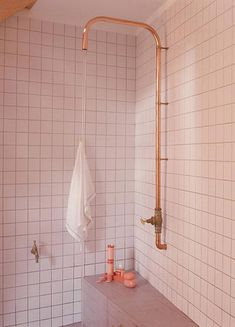 This simple copper piping shower is a hit with us. What do you think?