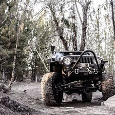 I've been dreaming of a Jeep. Maybe my next investment? <333