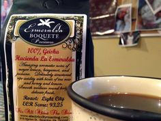 Esmeralda Boquete Panama!     Amazing notes of Meyer lemon, bergamot, and jasmine. Delicately structured ripe acidity with hints of tea rose, honey and lemon. Smooth, medium round body, delicate finish. This coffee bean is best roasted light to bring out all it's amazing attributes you will taste with every sip. ECR scored this coffee at a 93.25, which is one of highest scores a coffee earns. It won't be here for long, so don't hesitate. Get it while you can!