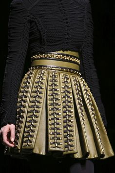 Balmain Fall 2014 RTW - Details - Fashion Week - Runway, Fashion Shows and Collections - Vogue