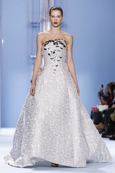 Carolina Herrera Ready To Wear Fall Winter 2015 New York...wow, another beautiful silhouette to add special embellishments to. Add embellishments that fit your style. Cheaper to have custom-made than purchasing from salon. Work with a seamstress to achieve this look for that ultimate bridal look.