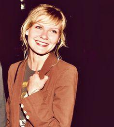 Kirsten Dunst all smiles