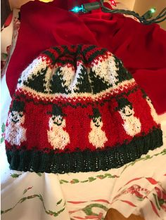 Ravelry: Fair Isle Christmas Hat pattern by Stephanie Manginelli Christmas Hat, Christmas Knitting, Fingering Yarn, Small One, Stockinette, Needles Sizes, Knitted Hats, Knit Crochet, Projects To Try
