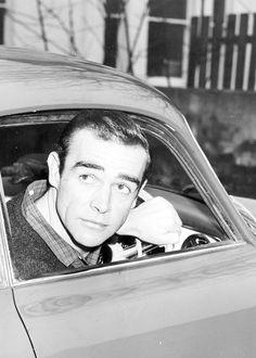 Sean Connery c. Sean Connery James Bond, Indiana Jones Films, James Bond Style, Bond Cars, Scottish Actors, Actor James, Portraits, Golden Age Of Hollywood, Couple