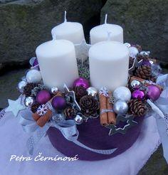 Vánoční svícen Velikost 23 cm, výška 14 cm (měřeno bez svíček) -filcový obal