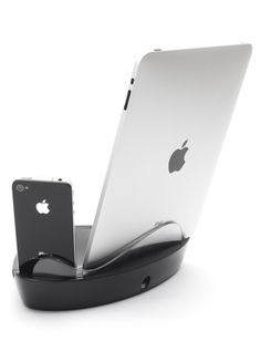 PowerDock Dual per iPad, iPod ed iPhone prezzo 44.90€