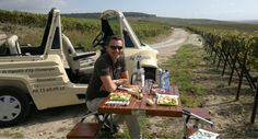 Picnics and champagne go hand in hand. Champagne, Excursion, Camping Car, Bath Caddy, Picnics, Hobbies, France Travel, Tourism, Car