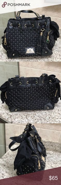 Juicy couture shoulder bag Gently used black juicy couture bag Juicy Couture Bags Shoulder Bags