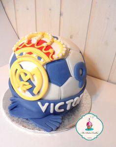 #tarta balón del Real Madrid en #fondant para celebrar el cumpleaños de víctor