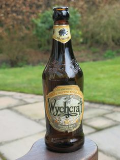 Bottled Beer of the World - pjb13 - Picasa Web Albums - Wychcraft Beer (4.5%) Wychwood Brewery Eagle Maltings Witney Oxfordshire England