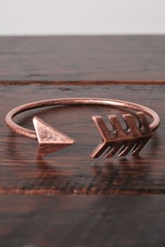 Arrow Bracelet in Rose Gold