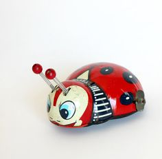 Vintage Betsy the Hungry Ladybug Wind Up Tin Toy by carpebellus  #Wind #Up #Ladybug