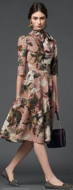 Dolce & Gabbana F/W 2014 #vestido #godê #manga #gola #laço #estampa