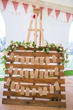26 DIY Wood Pallet Wedding Ideas - Pallet seating chart. #seatingchart #palletwedding