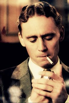 I will forever be a fan of the way tom Hiddleston portrayed Francis Key Scott Fitzgerald in Midnight in Paris