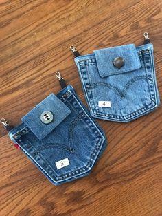 Denim Pocket Belt Loop Purse and 🛍️ Purses and Bags Artisanats Denim, Denim Purse, Hip Purse, Hip Bag, Black Denim, Denim Skirt, Jean Crafts, Denim Crafts, Diy Jewelry Unique