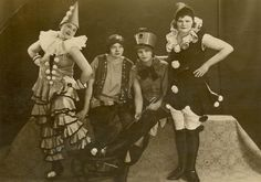 Women dressed as clowns - Berlin, 1920s