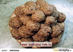 Vločkové sušenky - zdravé mlsání recept - TopRecepty.cz Muesli, Dog Food Recipes, Almond, Cookies, Chocolate, Breakfast, Ethnic Recipes, Desserts, Brownies
