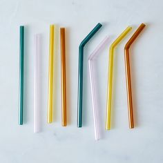 Glass Straws (Set of gelas Most Popular Paint Colors, Easy Summer Cocktails, Best Bedroom Colors, Danish Design Store, Glass Tea Cups, Venetian Glass, Do It Yourself Home, Color Of The Year, Food 52