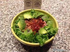 Receita de Salada de abacate e atum - TudoReceitas.com