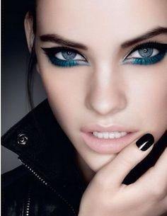 pale blue eyeliner
