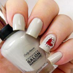 Creative and Pretty Nail Designs Ideas (1)