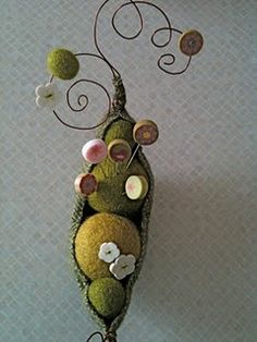 Just Another Button Company - pea pod pin cushion