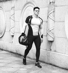 street style, black and white, fashion, fitness, sport wear, roupa esportiva, roupa fitness, moda masculina, compre o look: www.synchronoficial.com