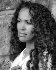 Female Portrait, Beautiful Women, Dreadlocks, Portraits, Photoshoot, Black And White, Hair Styles, Instagram Posts, Beauty