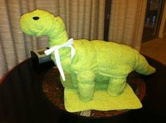 For my best friend's second baby shower I made her a dinosaur diaper cake to fit into the theme of her shower. Baby Shower Diapers, Baby Shower Cakes, Baby Shower Gifts, Baby Gifts, Diaper Cake Boy, Baby Boy Cakes, Diaper Cakes, Second Baby Showers, Diaper Cake Instructions