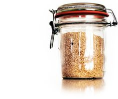 homemade holiday body scrub... seriously, I might just eat it instead... brown sugar, nutmeg, ginger, and cinnamon?