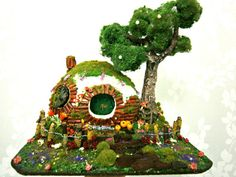 fairy garden,hobbit house diorama lord of the rings the hobbit inspired, fairy garden glows in the dark gift ideas by mundomagico. Explore more products on http://mundomagico.etsy.com