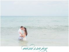 A romantic day after session to complete this lovely destination wedding. Check it out the blog :-)