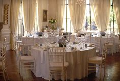 A very Gorgeous setting on 60 Cleveland Road Sandhurst Sandton, Johannesburg. It gives one that royal feeling. Sandton Johannesburg, Cleveland, South Africa, Wedding Venues, Table Settings, Events, Table Decorations, Furniture, Ideas