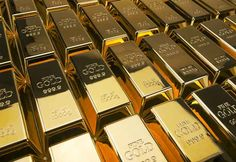 Sell gold for cash with these top tips on post gold for cash websites and selling on the highstreet so you get the most for your bling.