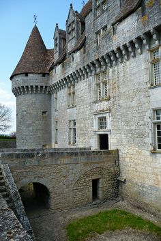 Monbazillac Castle Built around 1550 ~ Aquitaine, France