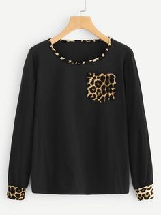 To find out about the Contrast Panel Leopard Print Tee at SHEIN, part of our latest T-Shirts ready to shop online today! Latest T Shirt, Moda Online, Blouse Styles, Printed Tees, Diy Clothes, Cool T Shirts, Ideias Fashion, Pullover, Fashion Outfits