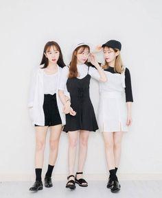 Similar Look Similar match as Couple Style … – Fashion Trends 2019 Korean Fashion Trends, Korean Street Fashion, Korea Fashion, Asian Fashion, Fashion 2017, Trendy Fashion, Womens Fashion, Fashion Couple, Girl Fashion